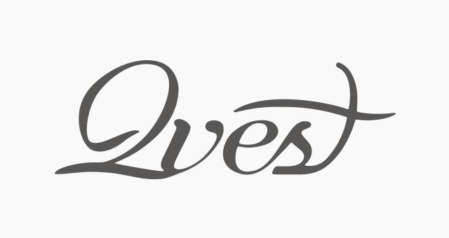 ALEKS UND SHANTU Kundenlogo qvest-magazine classic grau