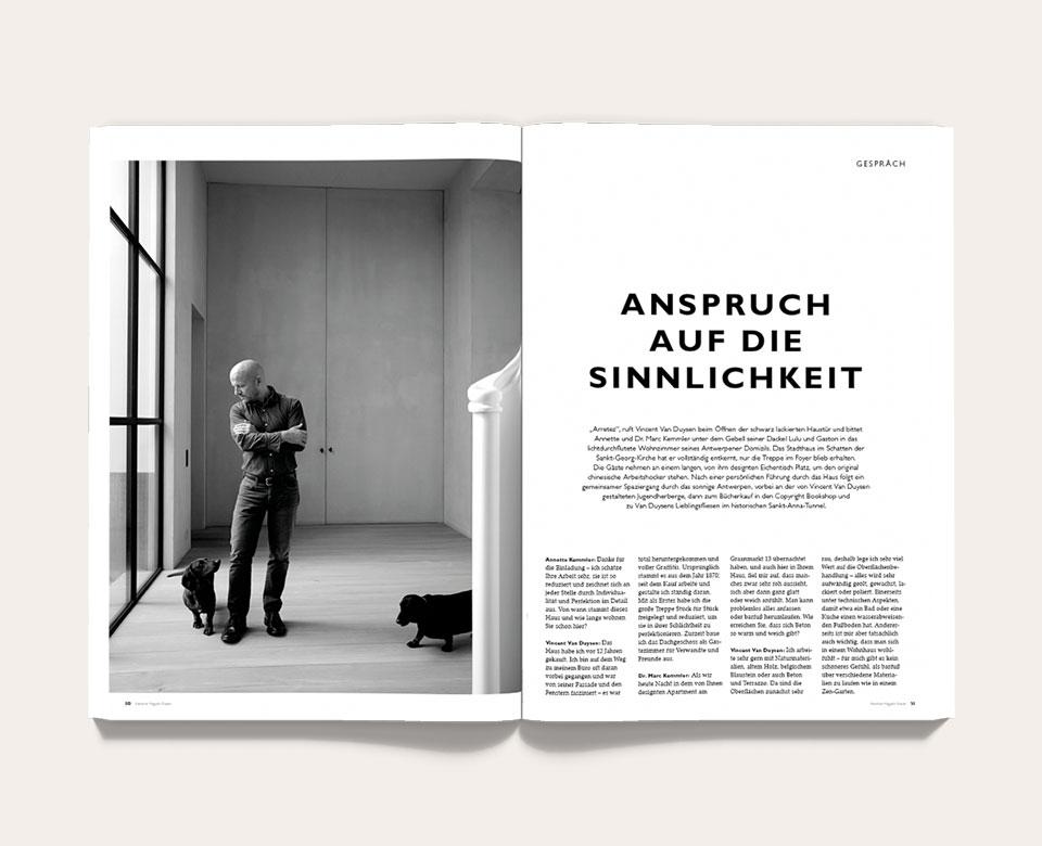offenes Buch foto schwarzweiß mann hunde text
