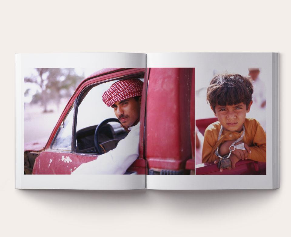 offenes Buch foto arabisch Mann Kind Auto