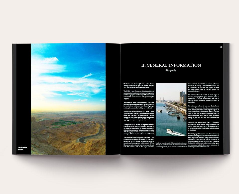 foto offenes Buch - Geschäftsbericht Ras Al Khaimah foto Landschaft und Text