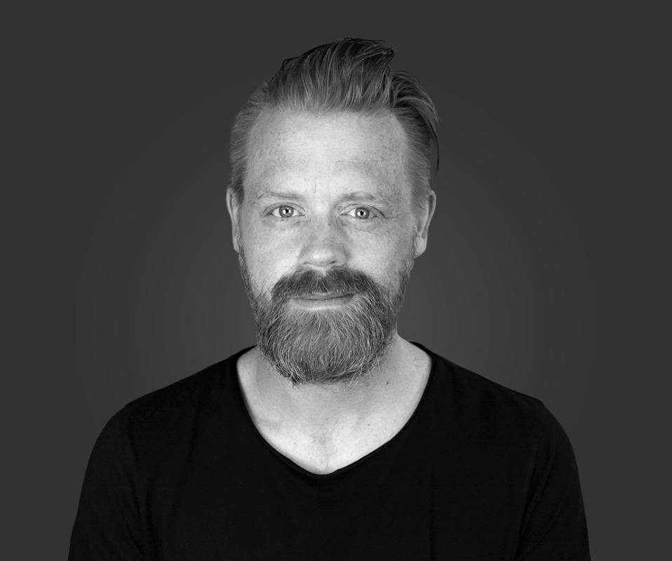 Tobias-Jan Brückner - Portrait